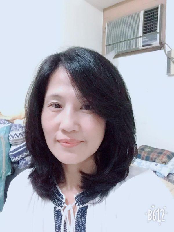 徐媽媽(芳君)-保母大頭照