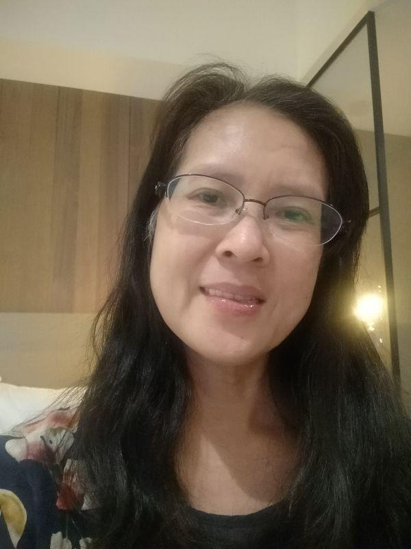 吳褓姆-保母大頭照