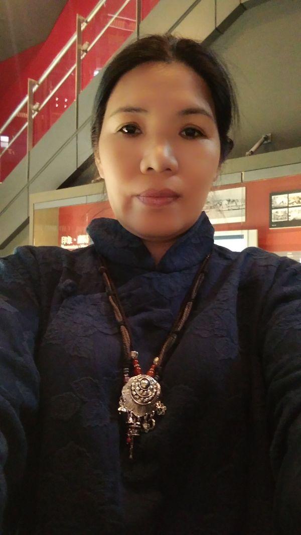 陳麻麻-保母大頭照